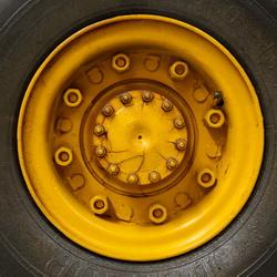 Внесены изменения в перечень стандартов для регламента на транспортные колесные средства